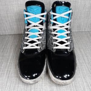 Nike Kobe 9 NSW Lifestyle Platinum Sz 13